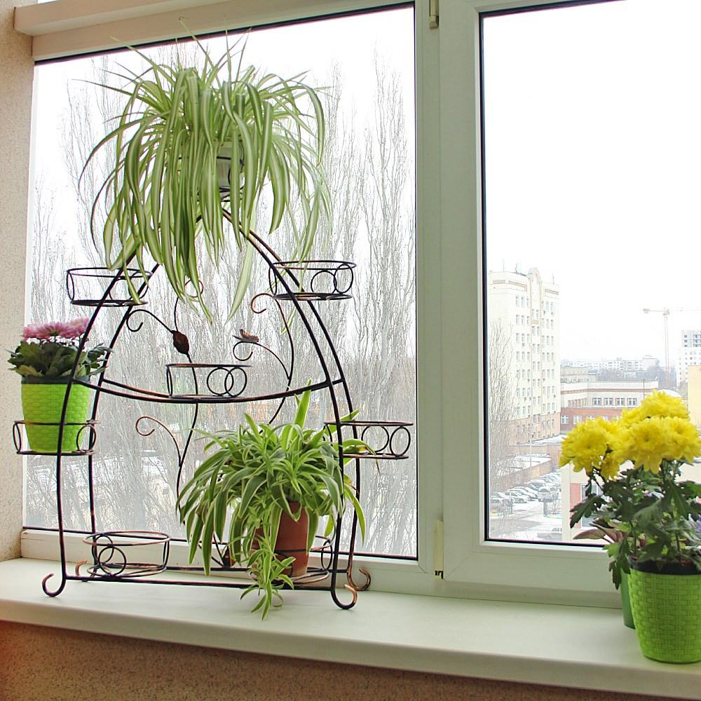 фото Подставка для цветов на подоконник