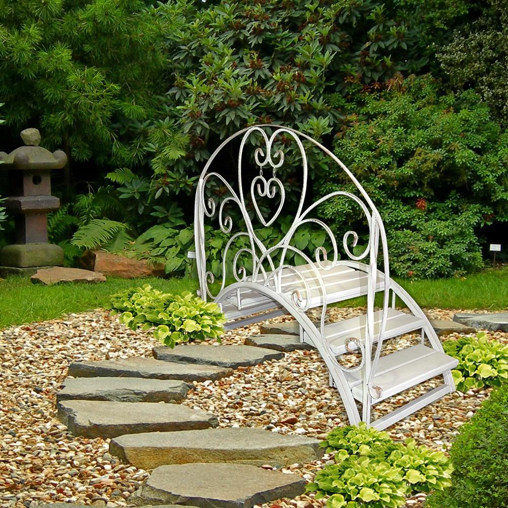 Садовый мостик из кованой стали