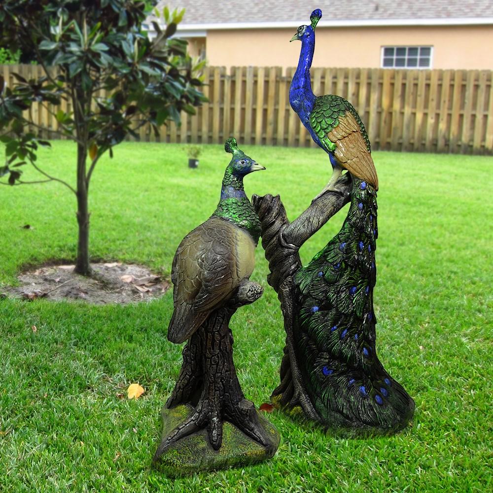 Комплект садовых фигур павлины