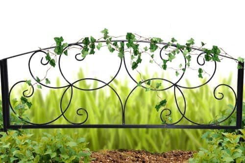 Садовый заборчик кованый