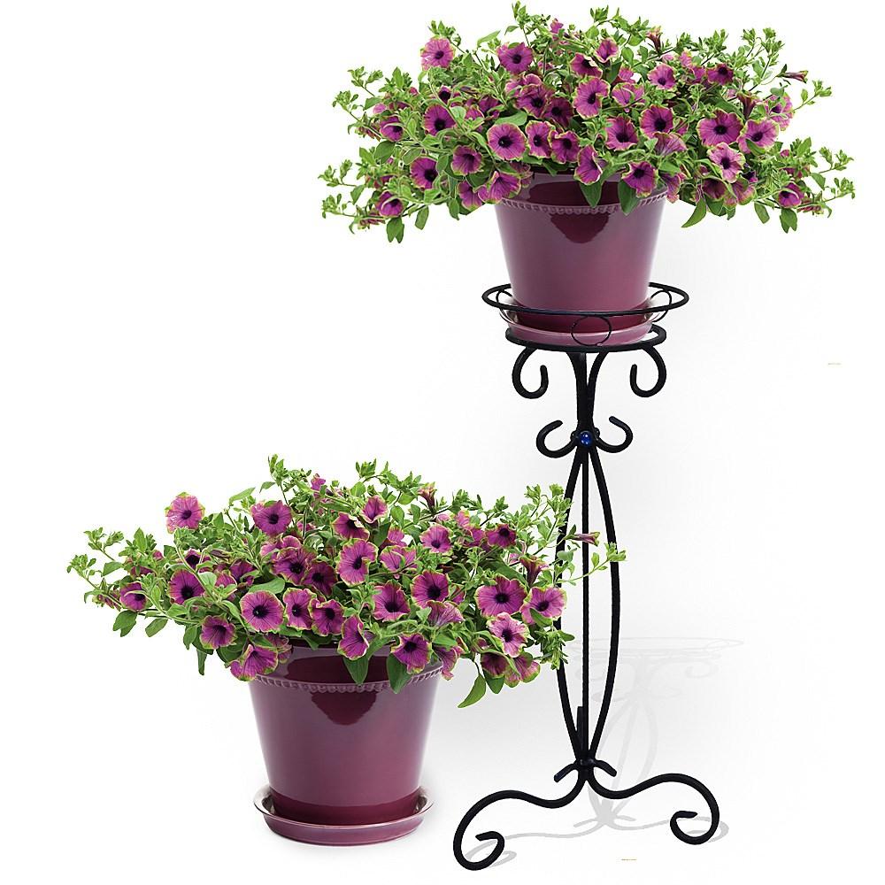 Ажурная подставка для цветка