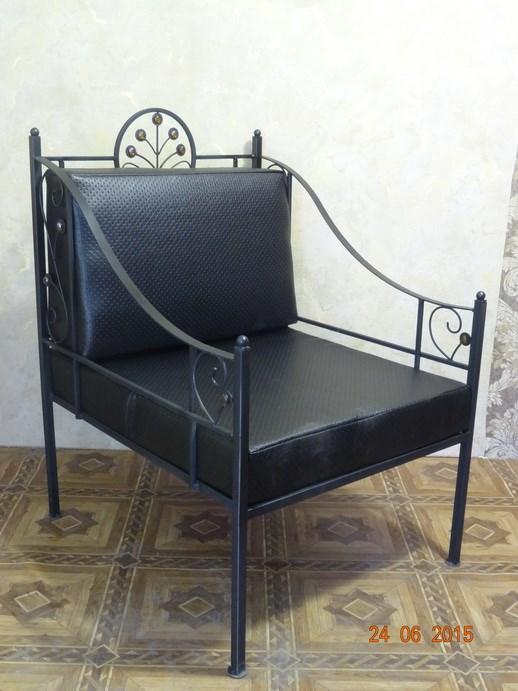 Черное кованое кресло - фото 14487