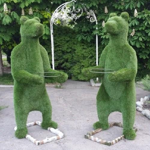 Топиарная фигура медведь с кашпо для дачи и загородного дома