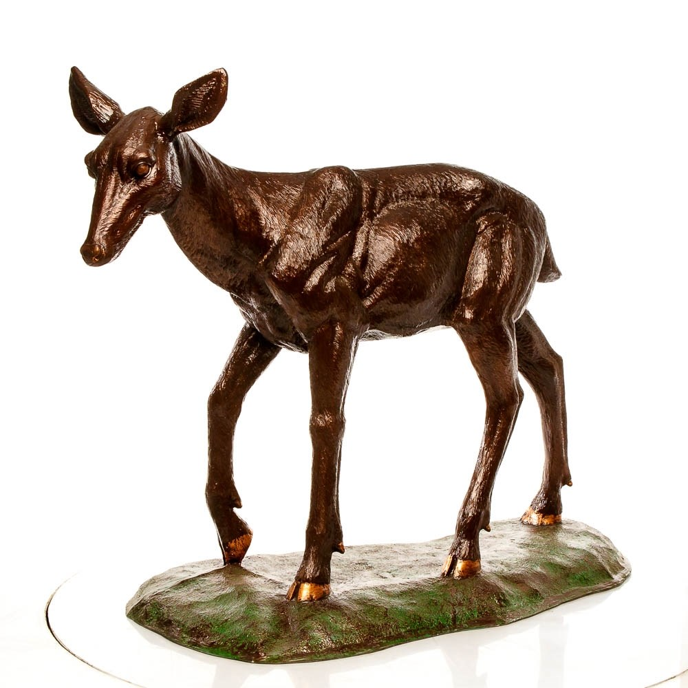 Садово-парковая скульптура олененка