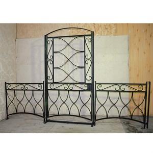 Забор с калиткой кованый