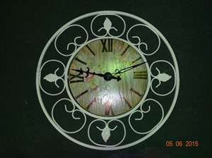 Настенные часы с декупажом