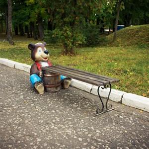 Скамейка для сада медведь