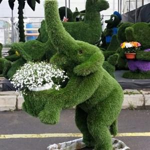 Топиарная фигура слоник с кашпо