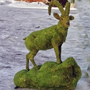 Садово-парковая фигура козерог для дачи и загородного дома