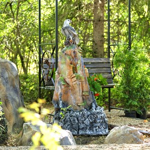 Садовый фонтан для дачи
