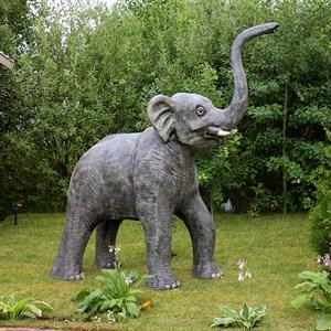 Фигура для дачи слон