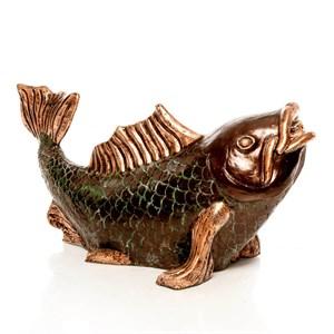 Фигура рыба для пруда