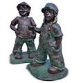 Парковые скульптуры Мальчик с девочкой хулиганы