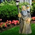 Садовый светильник Старик с филином - фото 13779