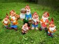 Садовая фигурка Гном с грибами - фото 14341