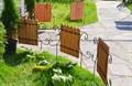 Кованый секционный забор с деревом (6  штакетин) - фото 15539