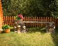 Скамейка для сада дом гномов