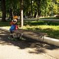 Парковая скамейка крот
