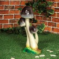 Садовая фигура поганка