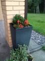 Кашпо садовое