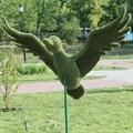 Топиарная фигура утка