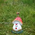 Садовая поливалка гриб прикольный