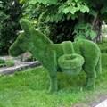 Садовая фигура для дачи и загородного дома