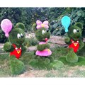 Топиарий мышонок с шариком для детской площадки