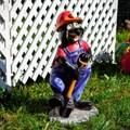 Крот с лопатой фигурка для сада