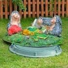 Крышки люков и септиков - необычный декор для сада