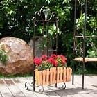 Садовые заборчики – оригинальные цветочницы