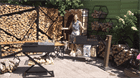 Как безопасно колоть дрова?