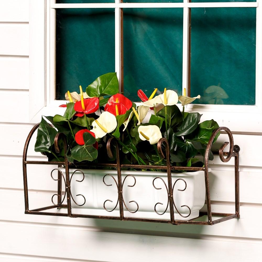 Подставки для цветов на балкон.