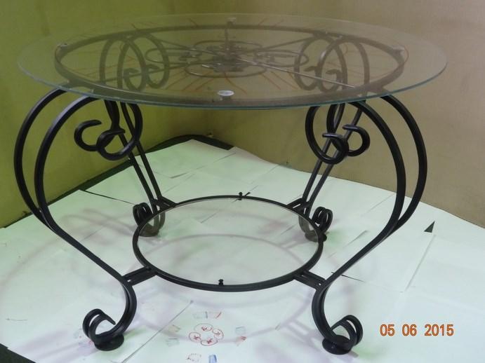 Журнальный стол с часами - фото 14466