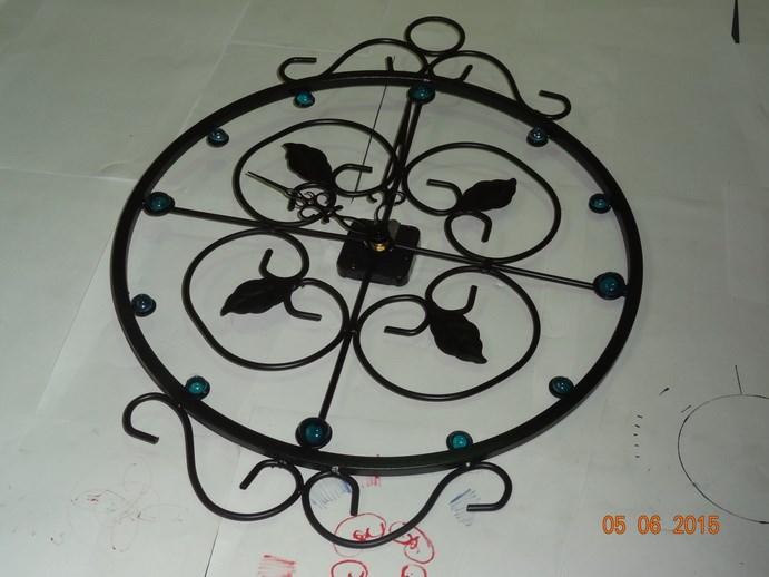 Круглые настенные часы - фото 14478