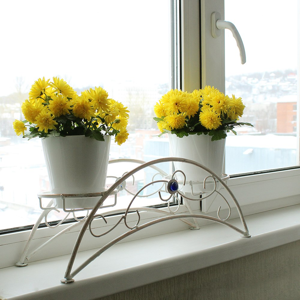Подставка на подоконник на 2 цветка
