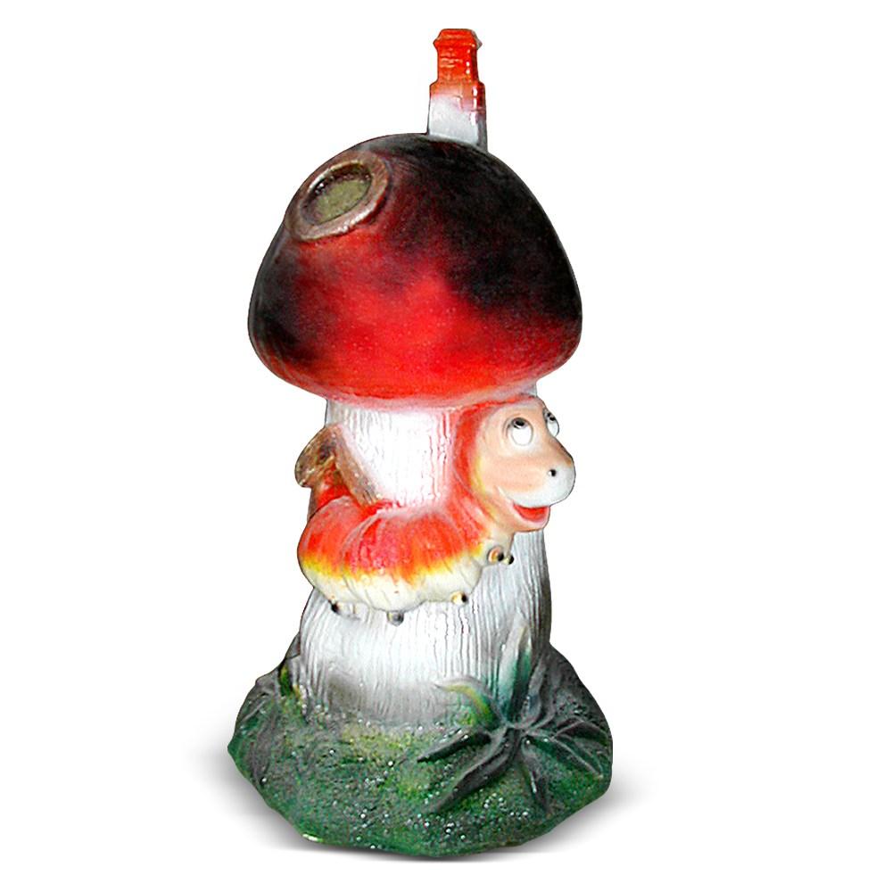 Садовая фигура гриб с гусеницей