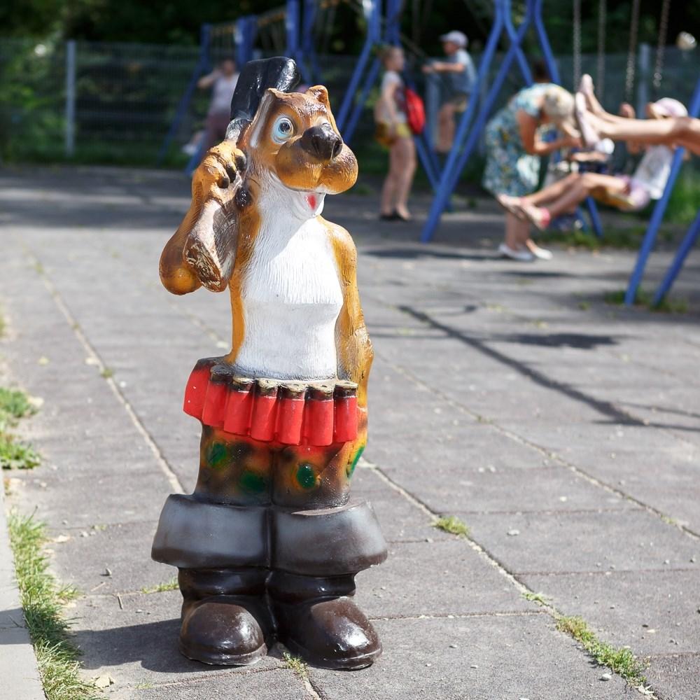 Фигура для сада Собака с ружьем