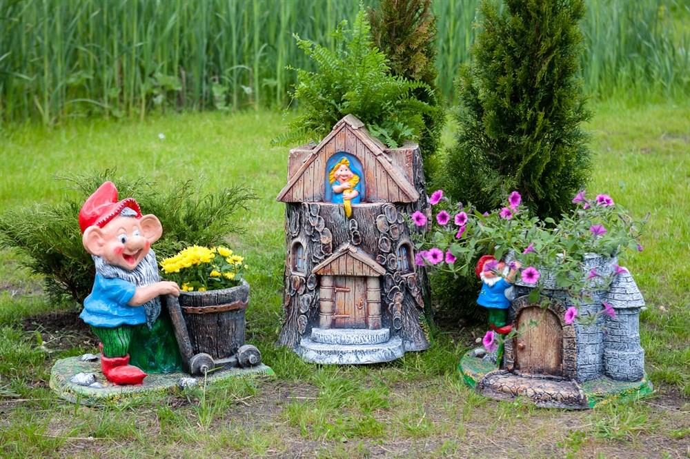 Кашпо для цветов для сада