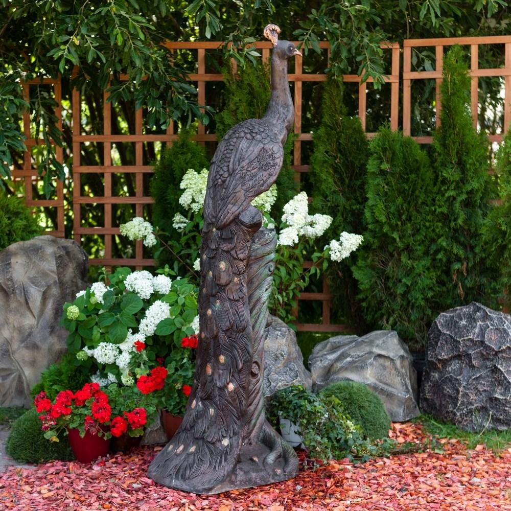 Скульптура Павлин