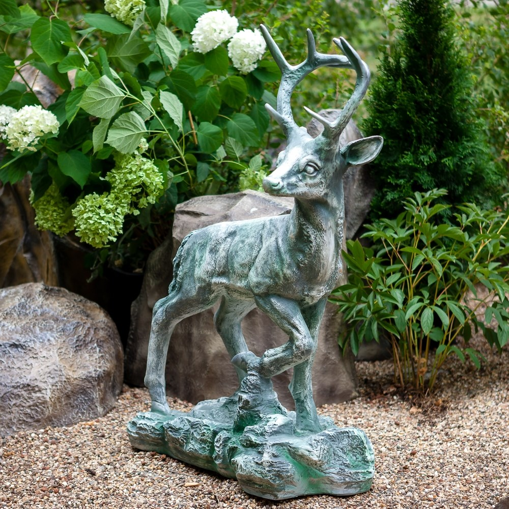 Фигура Олень для сада