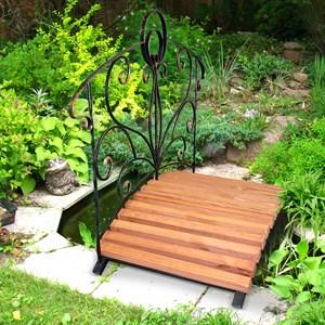 Кованый мостик для сада
