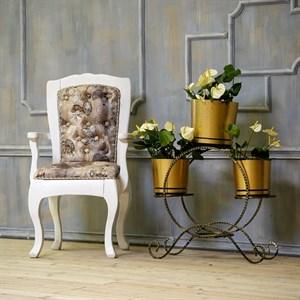 Кованая подставка для цветов