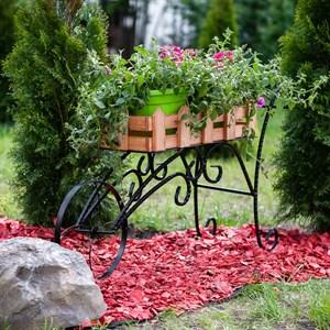 Садовая подставка за 3600 руб.