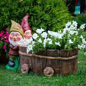 Садовая фигура гномы с тачкой