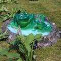 Крышка люка Лягушки в пруду - фото 14923