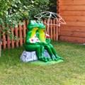 Декор сада - крышка люка