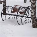 Кресло качалка зимнем саду