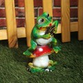Садовая фигура лягушка с гармошкой