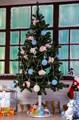 Подставка для елки цена 2700 руб.